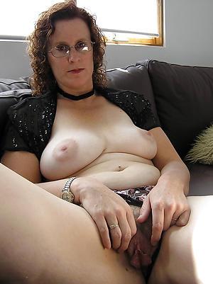 juicy granny twats porn pics