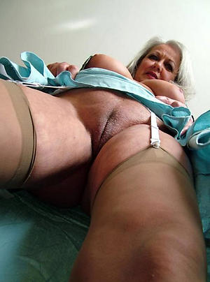 old granny in stockings amateur pics