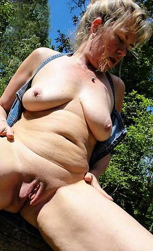 freash pussy older granny porn