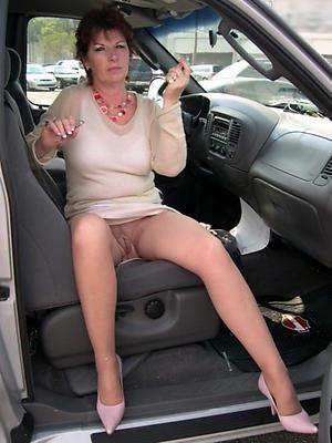 granny upskirt pussy porn pics