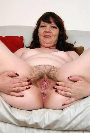 amateur granny cunt pics
