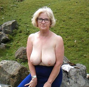 sexy age-old women near glasses private pics