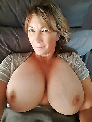 porn pics of nude experienced women selfshots