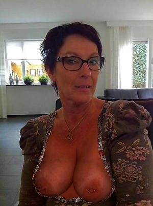 free pics be useful to nude older body of men selfshots