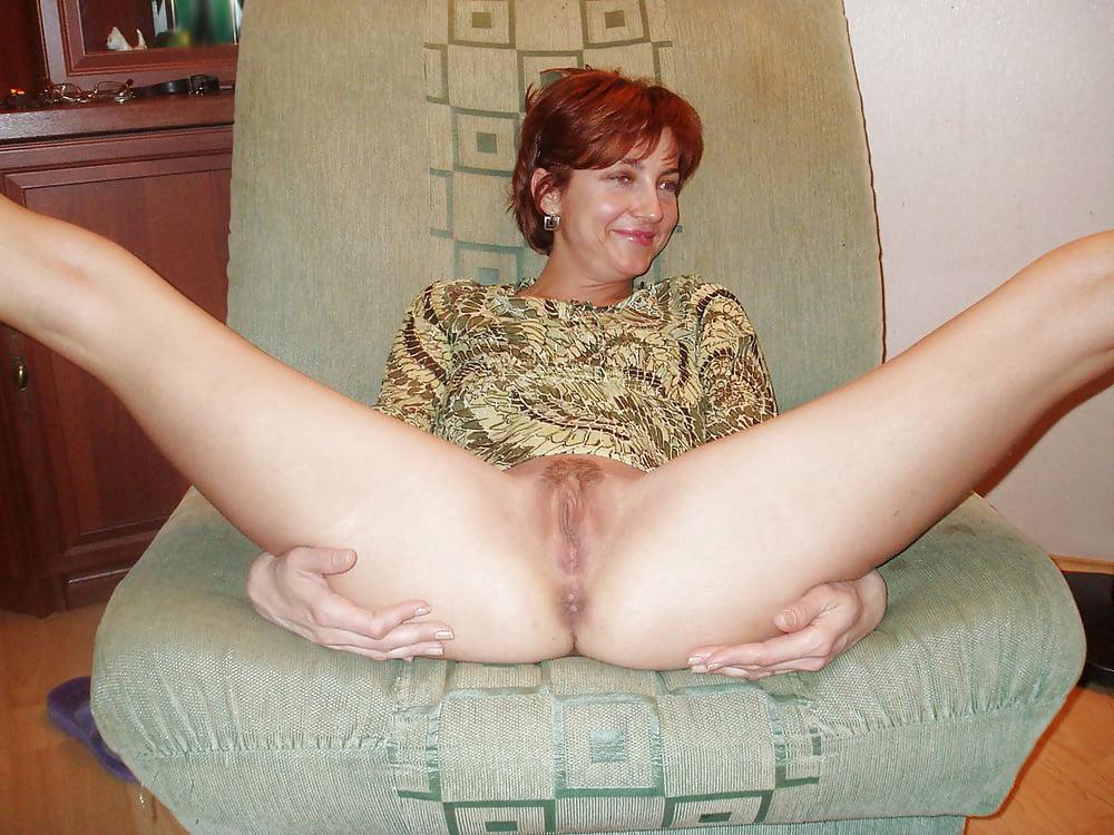 Naughty mature vulva pics