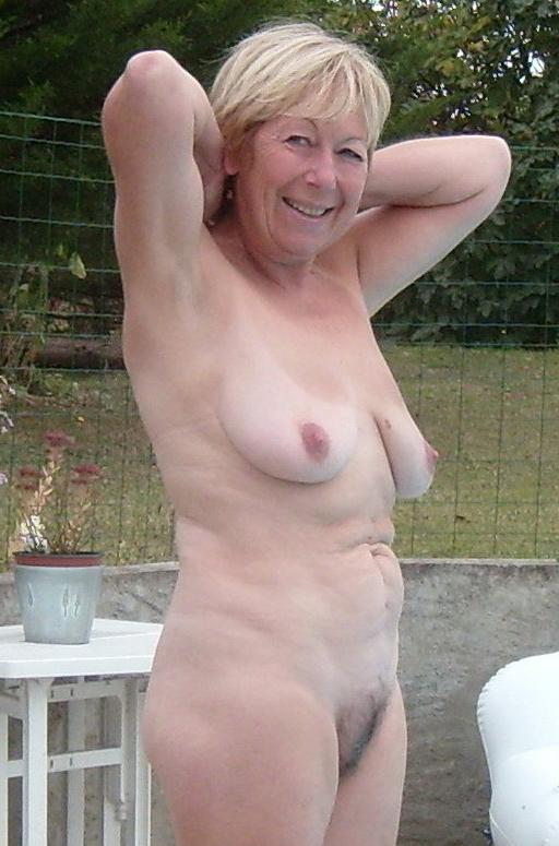 Porn galleries granny Free Granny