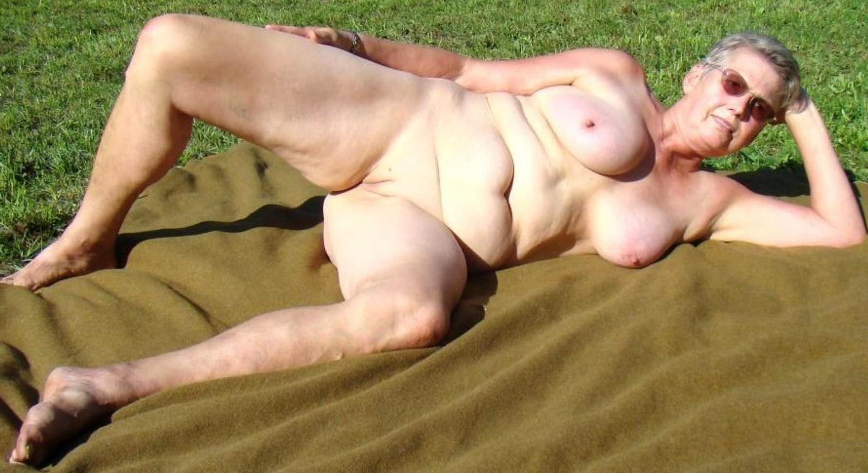 old women nude photos