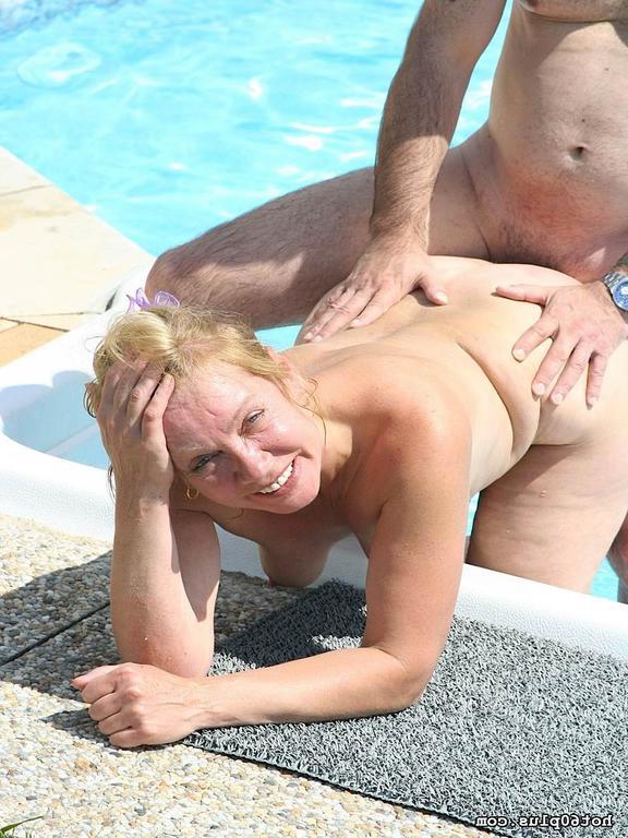 Mature Wants Her Ass Fucked