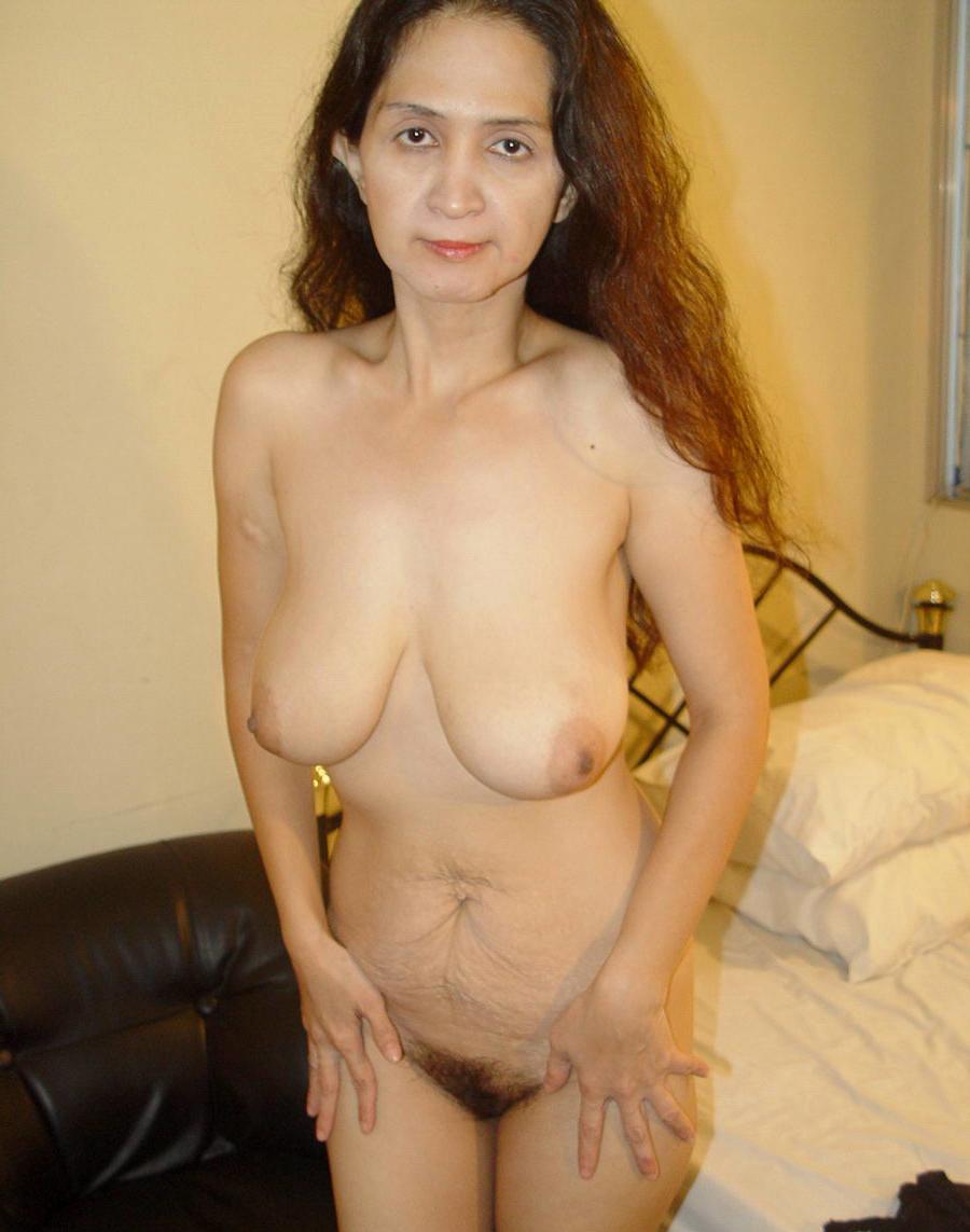 Asian granny nude