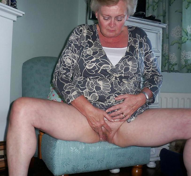 Older ladies masturbating love porn