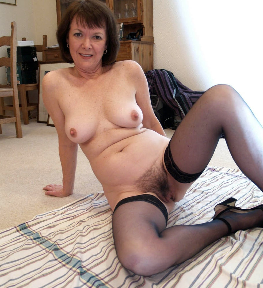 Xxx older sunless nude pictures
