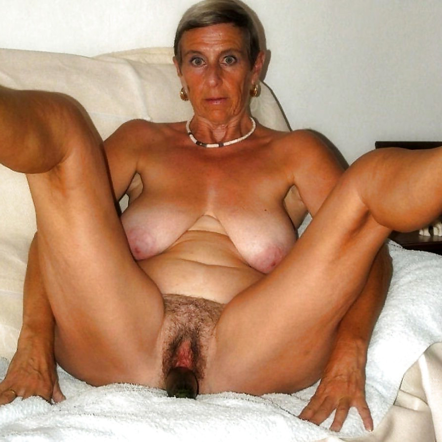 Slutty granny masturbation porn