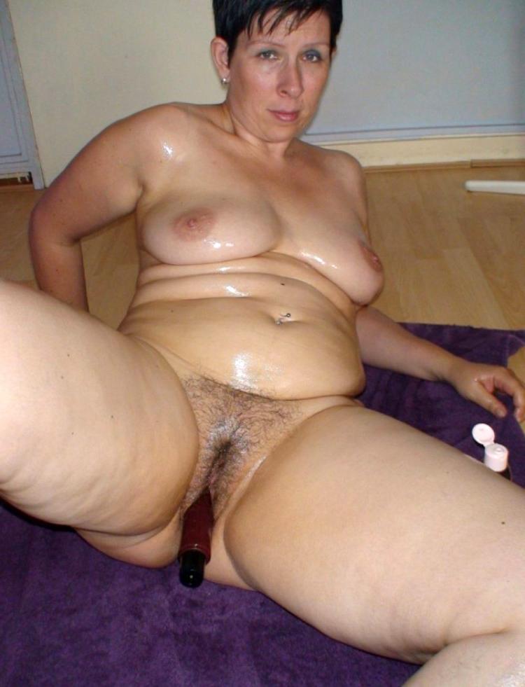 Erotic naked women masturbating private pics