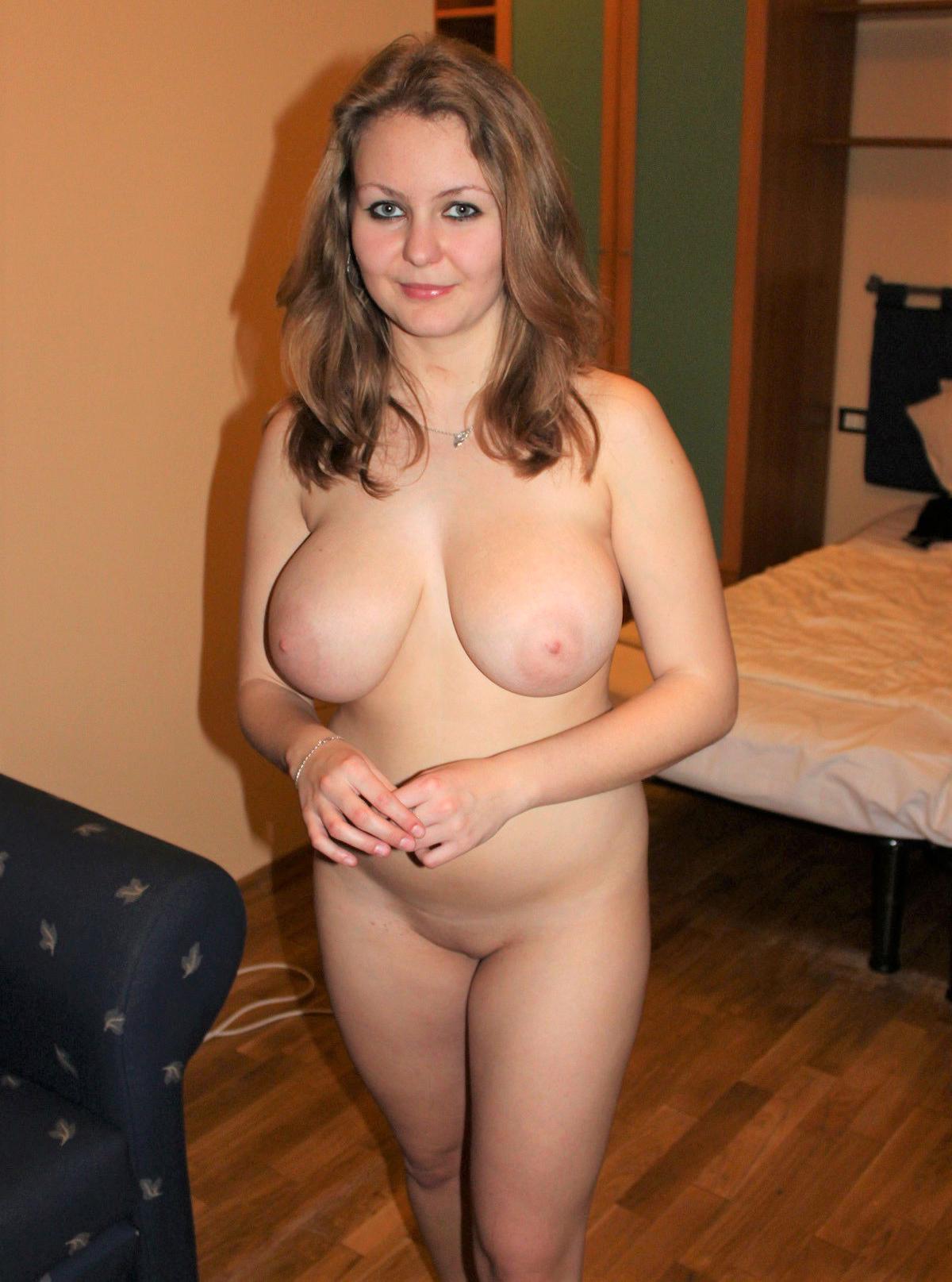 Undefiled milfs posing nude
