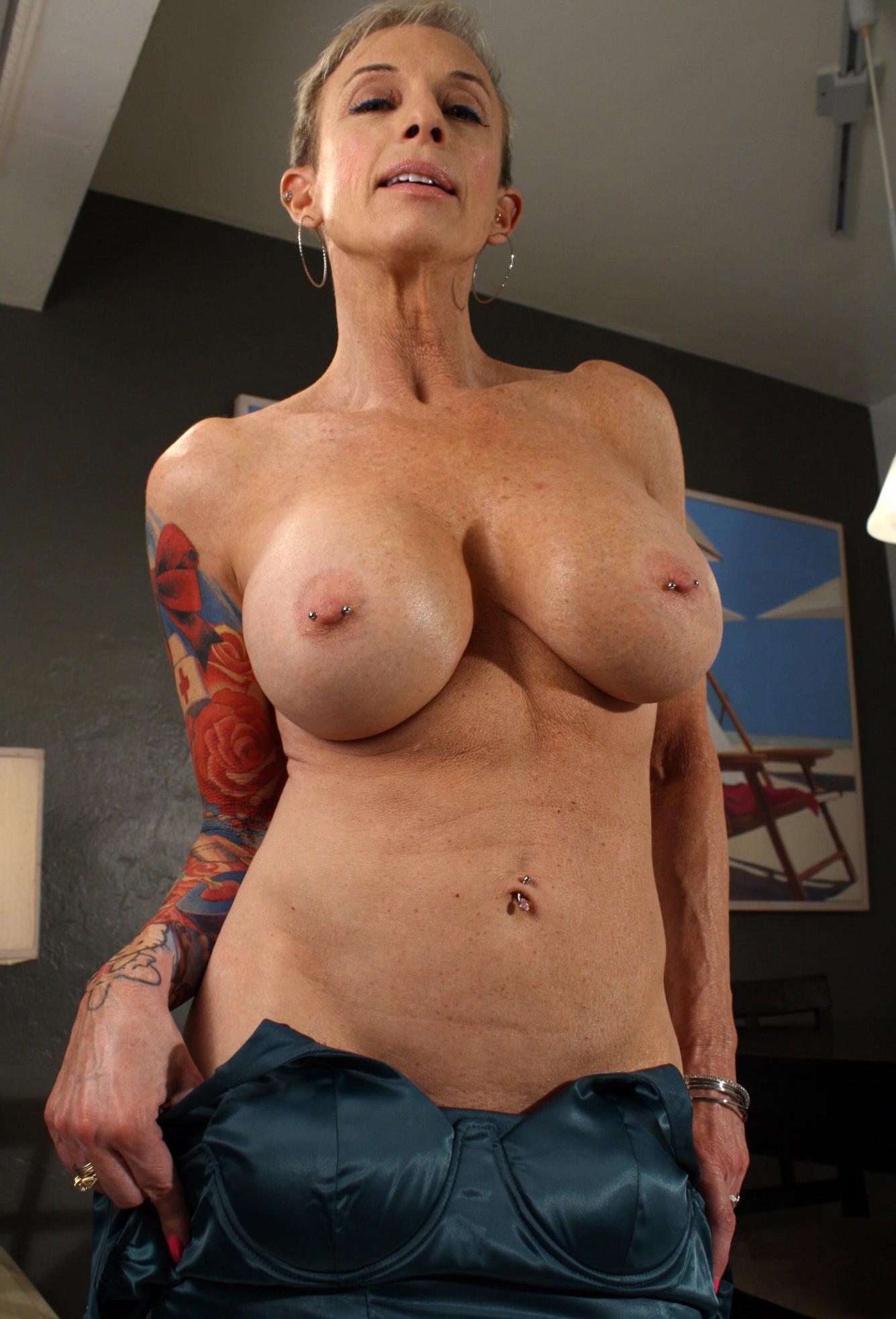 Sexy women with tattos